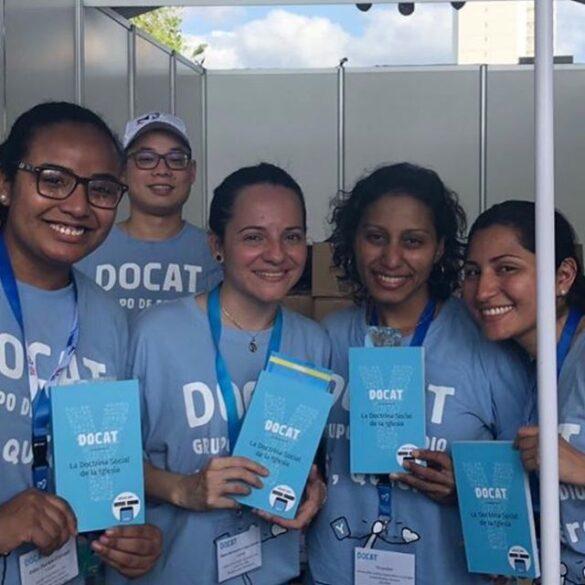 người trẻ cùng DOCAT tại panama 2019